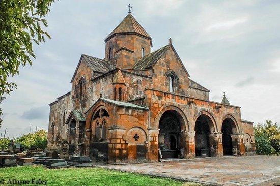 Армянская Церковь отмечает сегодня День памяти Свв. Дев-Гаянианок